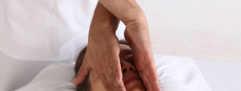 Хиромассаж - основа эстетического массажа
